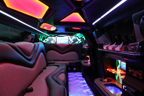 Chrysler 300 limo rental Tuscaloosa