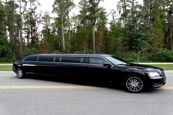 Chrysler 300 limo service Tuscaloosa