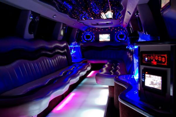 Escalade limousine service Tuscaloosa