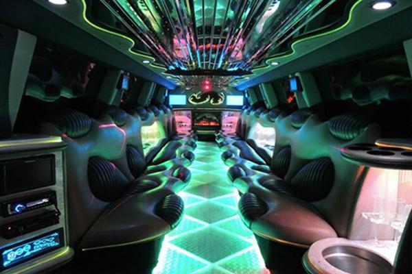 Hummer limo rental Tuscaloosa